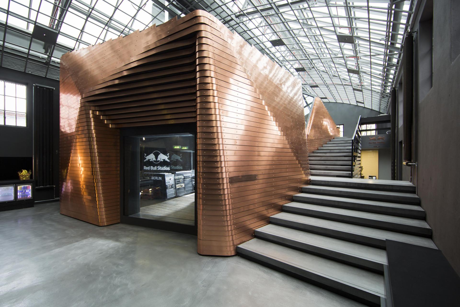 JOHANNES AMMLER RB Studios Berlin